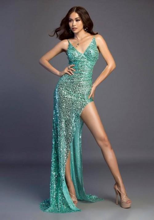 Chăm chỉ khoe chân dài như vậy, đây đích thị là 3 'Nữ hoàng đầm xẻ đùi' gợi cảm nhất Vbiz - Ảnh 2.