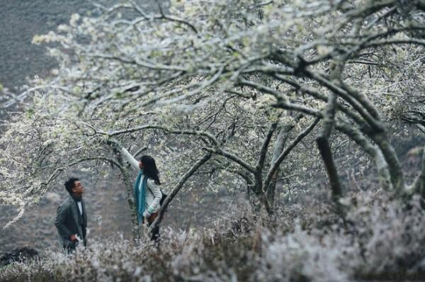Những cô dâu vai trần thách thức thời tiết giá lạnh để có bộ ảnh cưới nghìn like - Ảnh 10.