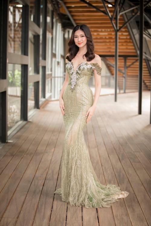Gu thời trang 'đã mắt' của nàng Á hậu tuổi Tuất - Thanh Tú, người được đồn đoán sẽ tham gia Miss World 2018 - Ảnh 2.