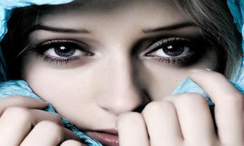 Vì sao mắt là bộ phận duy nhất trên cơ thể không bao giờ bị lạnh? - Ảnh 1.