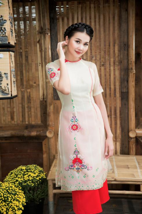 Bật mí cho 'nàng điệu' 5 kiểu áo dài 'thần thánh' vừa đẹp lại vừa thoải mái diện Tết - Ảnh 5.