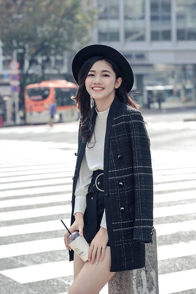 4 người đẹp tuổi Tuất ăn mặc có gu nhất showbiz Việt - Ảnh 3.