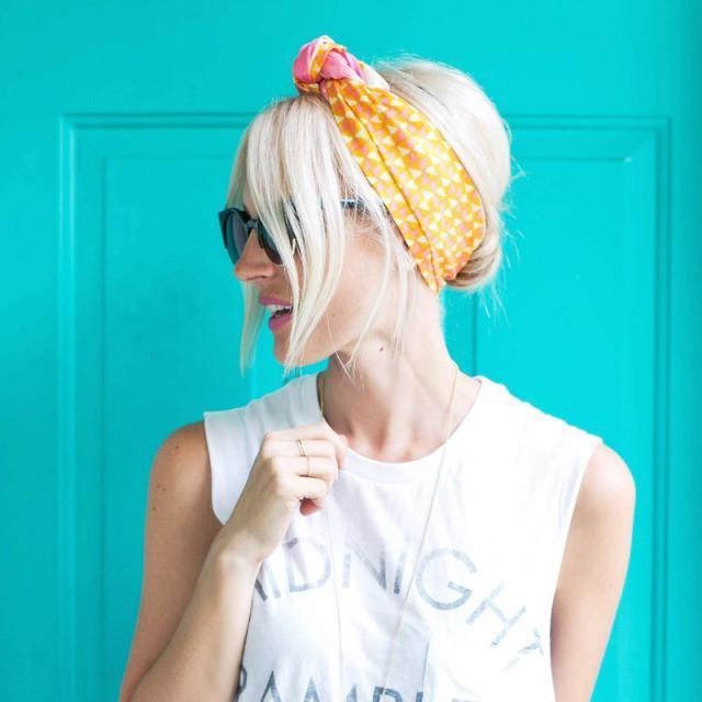 Tự tin giấu tóc bết dầu nhờ những kiểu tóc siêu đẹp và đơn giản trong dịp Tết - Ảnh 1.