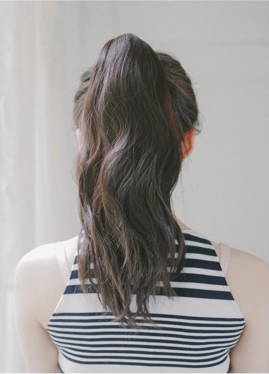 Tự tin giấu tóc bết dầu nhờ những kiểu tóc siêu đẹp và đơn giản trong dịp Tết - Ảnh 9.