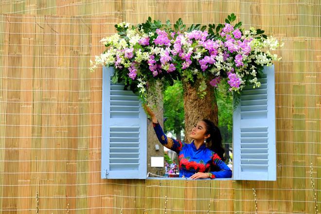 Sài Gòn khai màn hội hoa xuân, tiểu cảnh chó khổng lồ hút khách  - Ảnh 12.