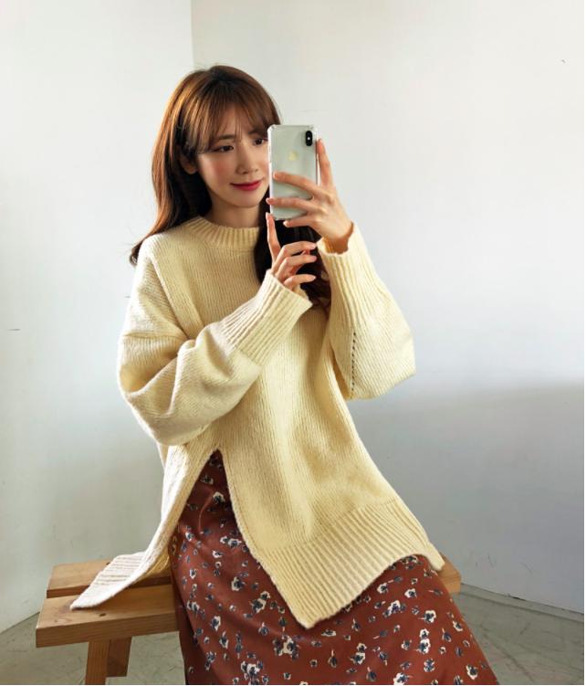 Tết này, nàng điệu đà sẽ thích mê với những biến tấu xinh xắn của chiếc áo len đơn giản - Ảnh 7.