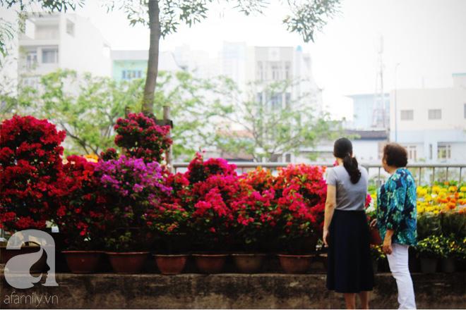 Cận Tết, ghé bến Bình Đông coi chợ nổi, tìm lại Sài Gòn xưa trong cảnh giao thương trên bến dưới thuyền - Ảnh 22.