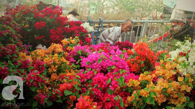 Cận Tết, ghé bến Bình Đông coi chợ nổi, tìm lại Sài Gòn xưa trong cảnh giao thương trên bến dưới thuyền - Ảnh 8.