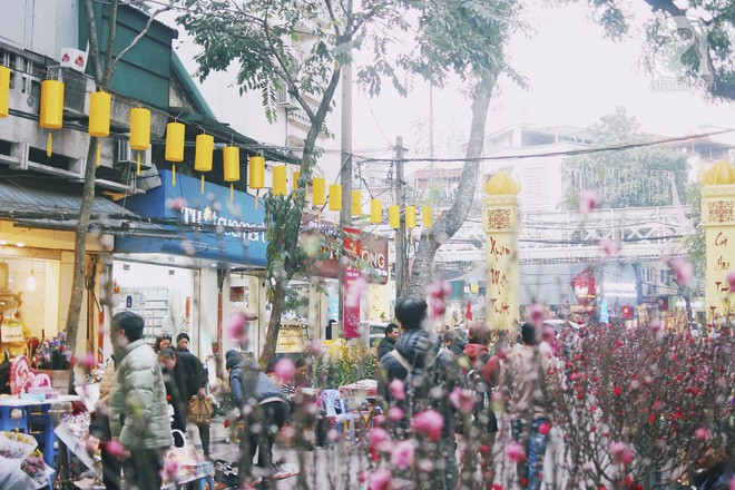 Những ngày cuối năm, đi chợ Tết để mua về niềm vui, gợi về kí ức thời ông bà anh - Ảnh 28.