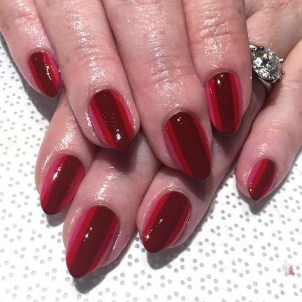 22 mẫu nail đỏ 'vừa đẹp vừa sang' cho nàng tỏa sáng trong dịp Tết Mậu Tuất 2018 - Ảnh 22.