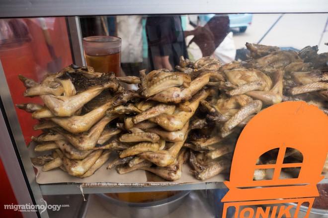 Món gà cay Ayam Taliwang ở Indonesia vừa nhìn thôi là dạ dày đã phải lên tiếng - Ảnh 6.