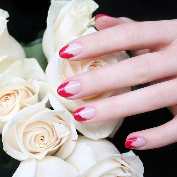 22 mẫu nail đỏ 'vừa đẹp vừa sang' cho nàng tỏa sáng trong dịp Tết Mậu Tuất 2018 - Ảnh 7.