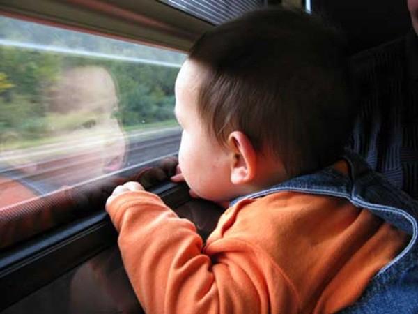 Những mẹo nhỏ mà có võ để trẻ đi lại trong những ngày Tết nhàn tênh, không quấy khóc - Ảnh 3.