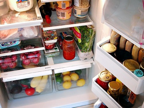 Nên thay đổi thói quen tích trữ thực phẩm trong tủ lạnh để ăn Tết  - Ảnh 2.