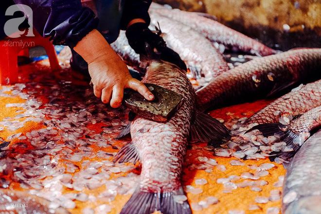 Làng cá kho Vũ Đại đỏ lửa ngày đêm cho kịp Tết, tiết lộ bí mật 10 loại gia vị, 15 giờ đợi chờ của đặc sản bạc triệu - Ảnh 4.
