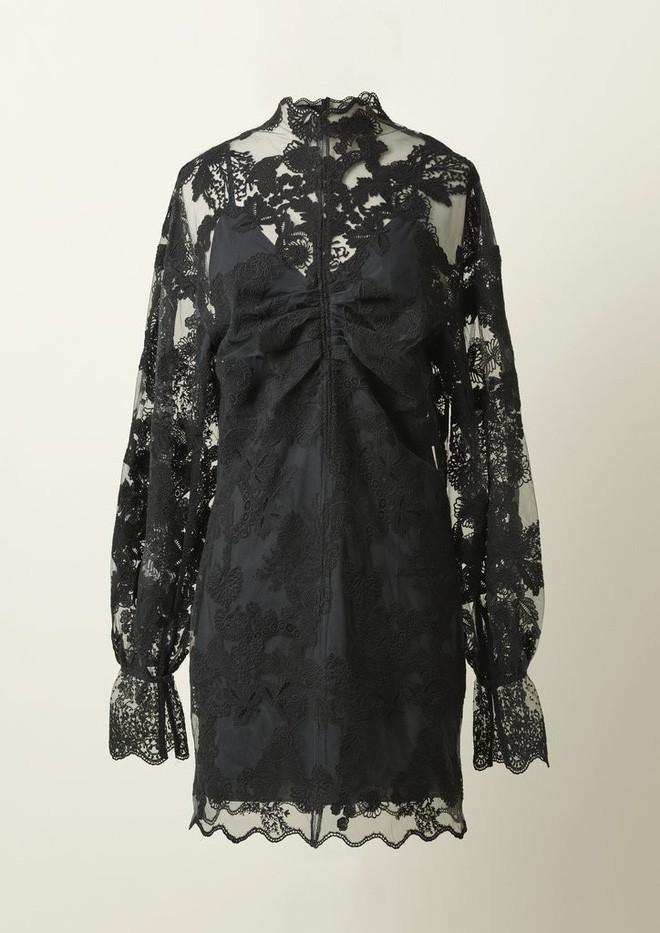 Bạn không nhầm đâu, H&M thực sự đã thiết kế váy cưới từ lưới đánh cá và đồ tái chế! - Ảnh 8.