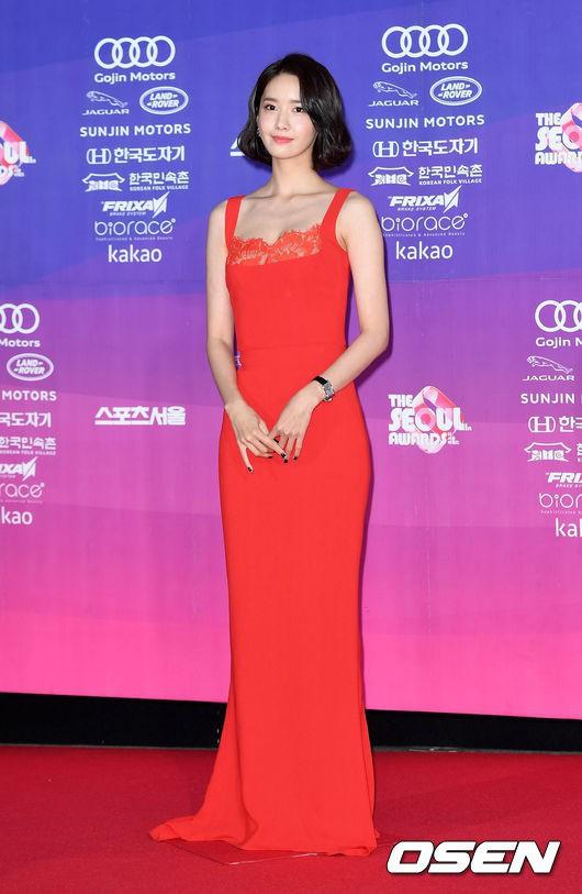 Xinh đẹp là thế, nhưng vì nhược điểm này mà Yoona nên tránh xa những kiểu váy ngắn - Ảnh 9.