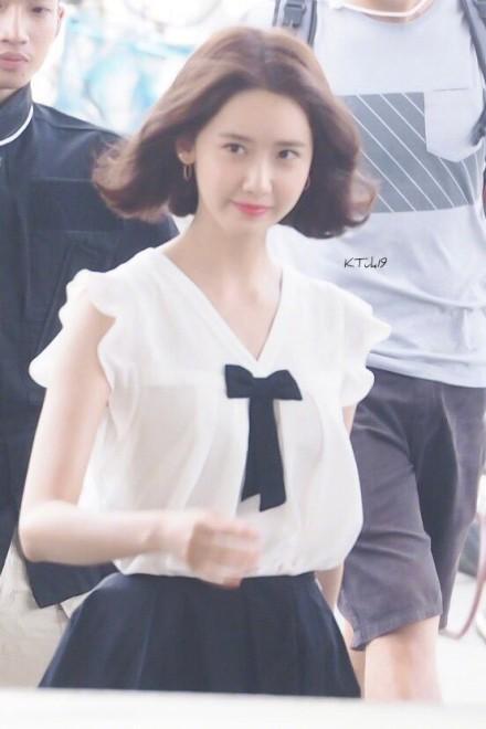 Xinh đẹp là thế, nhưng vì nhược điểm này mà Yoona nên tránh xa những kiểu váy ngắn - Ảnh 4.
