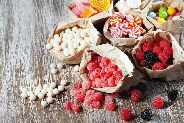 Ngày Tết, những đối tượng nào nên hạn chế đồ ngọt để không gây bệnh tật? - Ảnh 1.