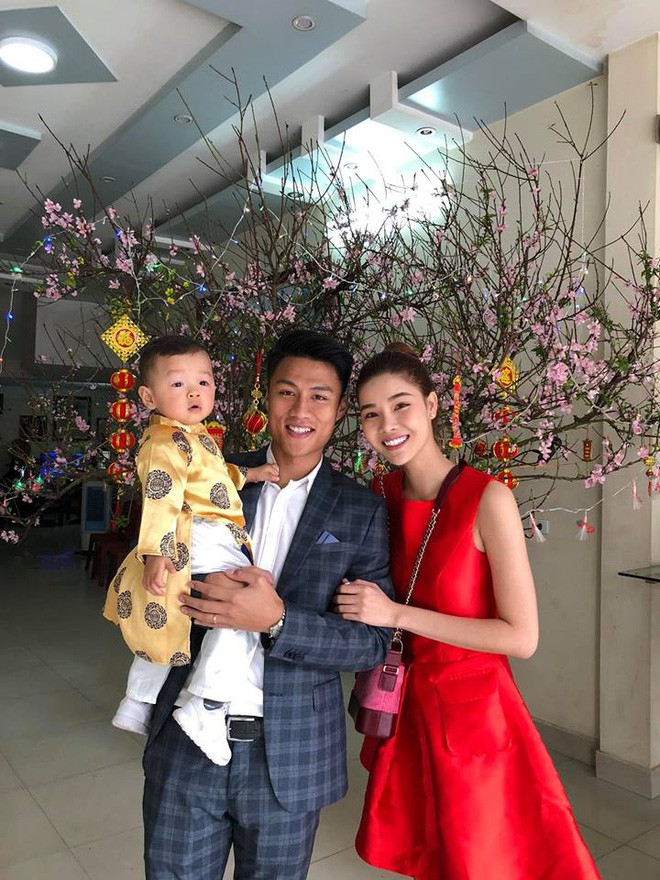 Chẳng riêng gì sao Việt, các nhóc tỳ nhà sao cũng xúng xính áo dài đón Xuân mới - Ảnh 16.