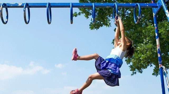 Gợi ý các trò vận động dễ dàng giúp trẻ khởi đầu năm mới thật khỏe mạnh và hoạt bát - Ảnh 3.