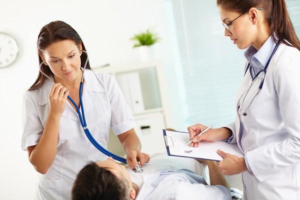 Đây chính là những bệnh dễ mắc vào dịp Tết mà bạn cần hết sức cẩn trọng - Ảnh 1.