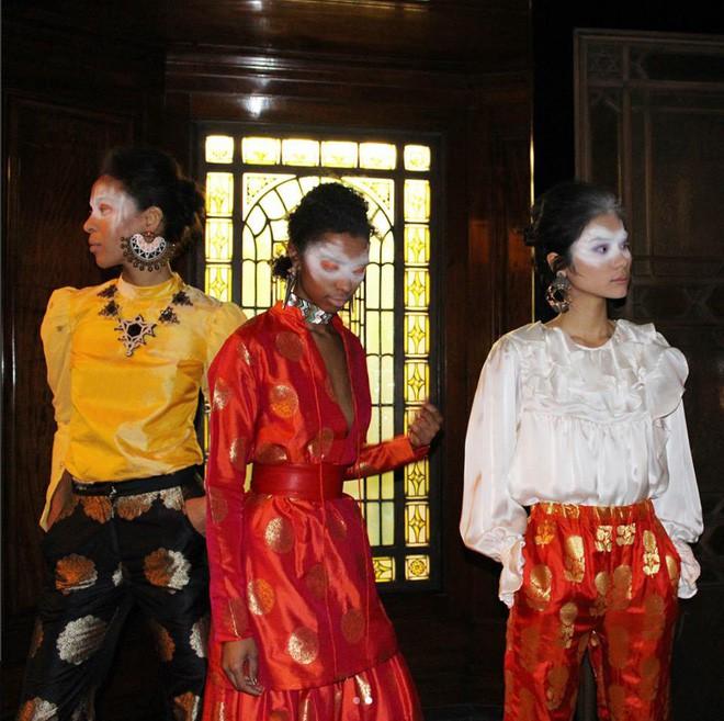 Tẩm ngẩm tầm ngầm là thế mà Kim Dung Next Top đã trúng đến 4 show tại London Fashion Week - Ảnh 1.