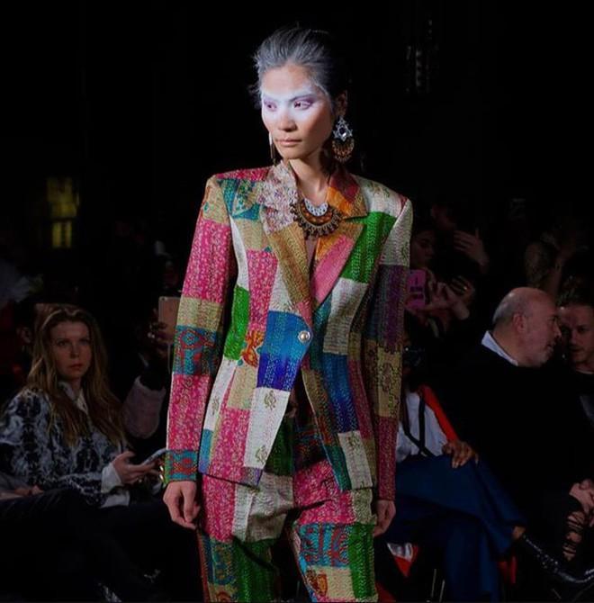 Tẩm ngẩm tầm ngầm là thế mà Kim Dung Next Top đã trúng đến 4 show tại London Fashion Week - Ảnh 2.