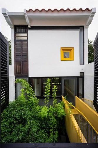 Ngôi nhà có kiến trúc của văn hóa hai miền Nam Bắc - Ảnh 1.