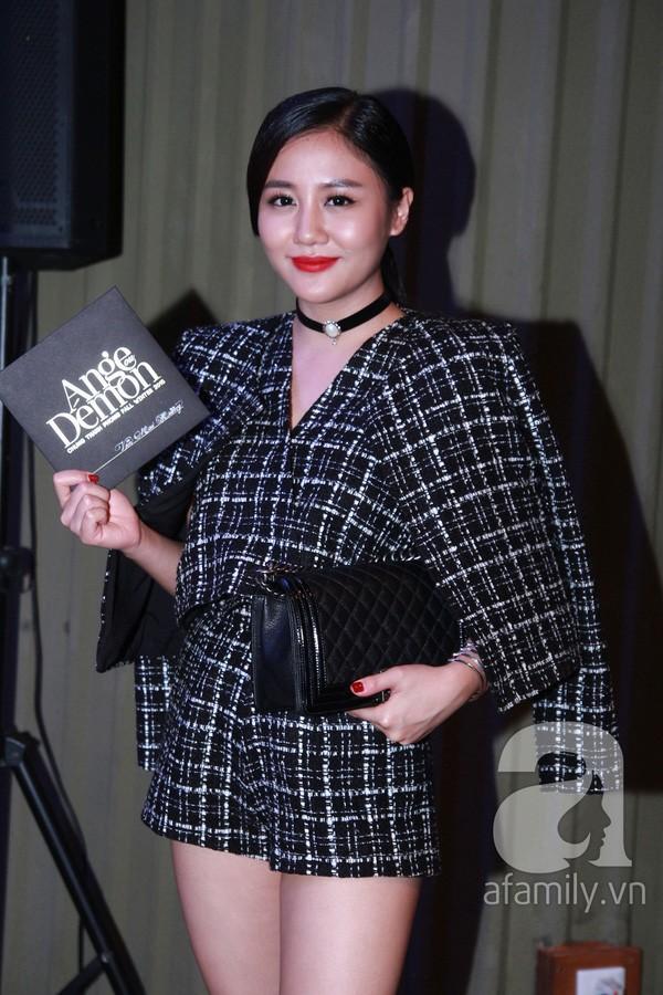 Lên đồ biểu diễn có vẻ hơi già, nhưng street style ngày thường của cô nàng tuổi Tuất - Văn Mai Hương lại trẻ trung hết sảy - Ảnh 5.