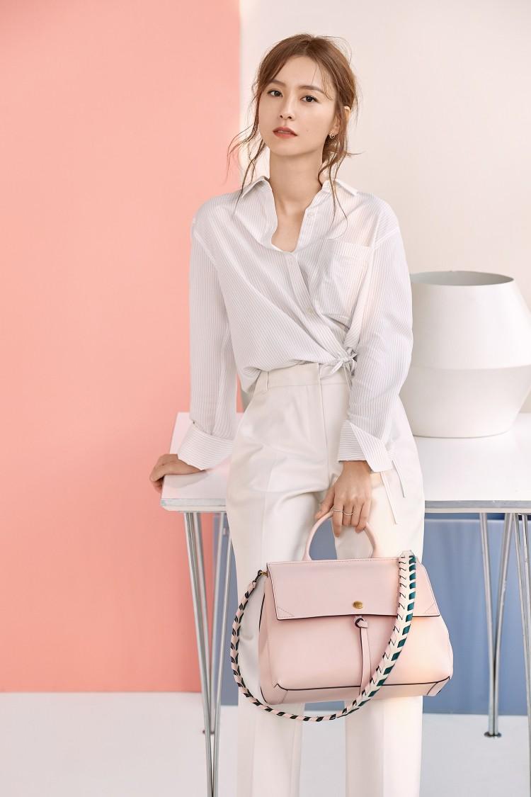Bí kíp giúp các nàng công sở thu hút mọi ánh nhìn với 13 cách mix trang phục cực đơn giản