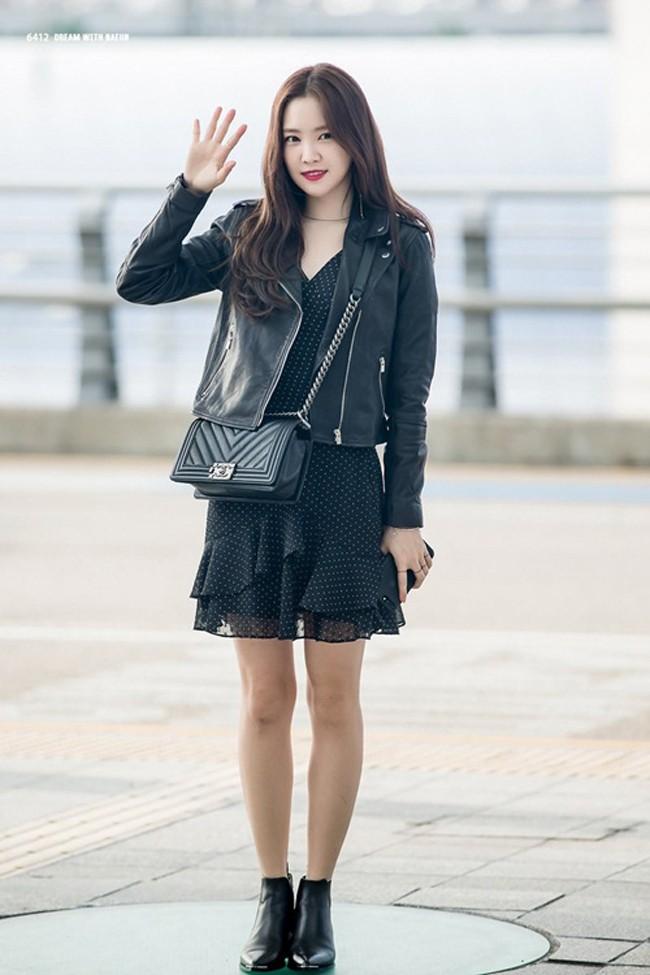 Showbiz Hàn cũng có 4 quý cô tuổi Tuất thần thái sang chảnh và mặc đẹp miễn chê - Ảnh 22.