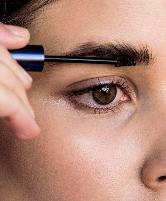 8 sản phẩm mascara giúp chinh phục được cả những cặp lông mày thưa thớt nhất - Ảnh 12.