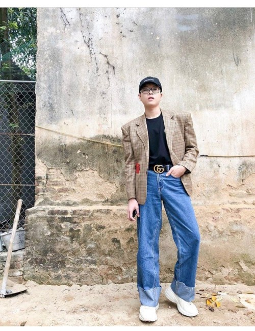 Năm 2018, Thanh Hằng, Kỳ Duyên chứng tỏ quần càng loe càng được ưa chuộng - Ảnh 17.