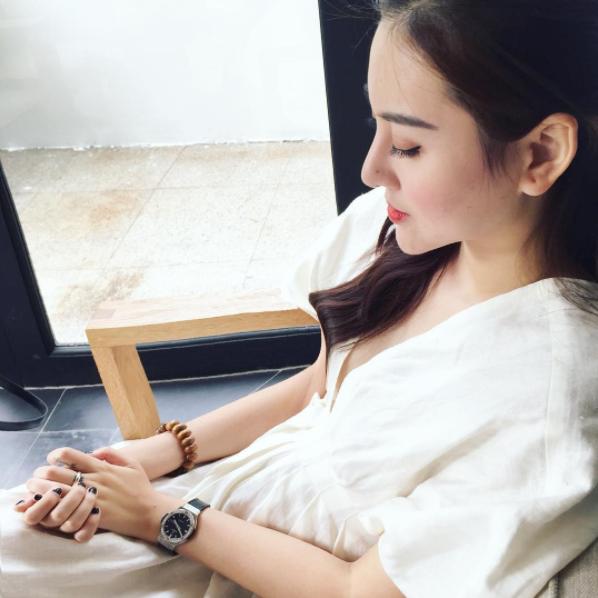Phản ứng của hot girl Việt trước tin PTTM: Người thẳng thắn đáp trả, người phủ nhận đến cùng - Ảnh 15.
