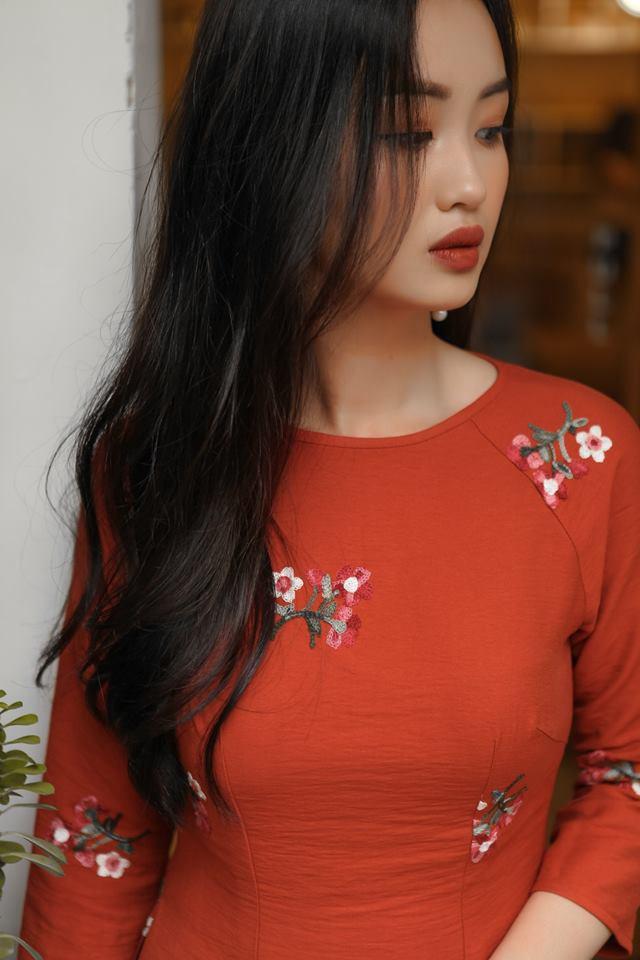 Ngày Tết muốn diện áo dài thật duyên dáng , đừng bỏ qua 5 kiểu tóc cực xinh này nhé! - Ảnh 2.