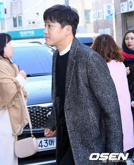 Sự kiện có 1-0-2 của giải trí xứ Hàn đầu năm 2018: Đám cưới Taeyang (Bigbang) mà như lễ trao giải cuối năm - Ảnh 5.