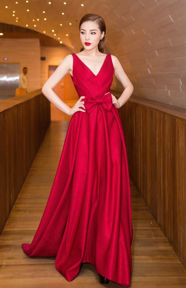 Đụng hàng với Hoa hậu đẹp nhất Thế giới 2008, Kỳ Duyên vẫn quyến rũ và đẳng cấp vô cùng - Ảnh 5.