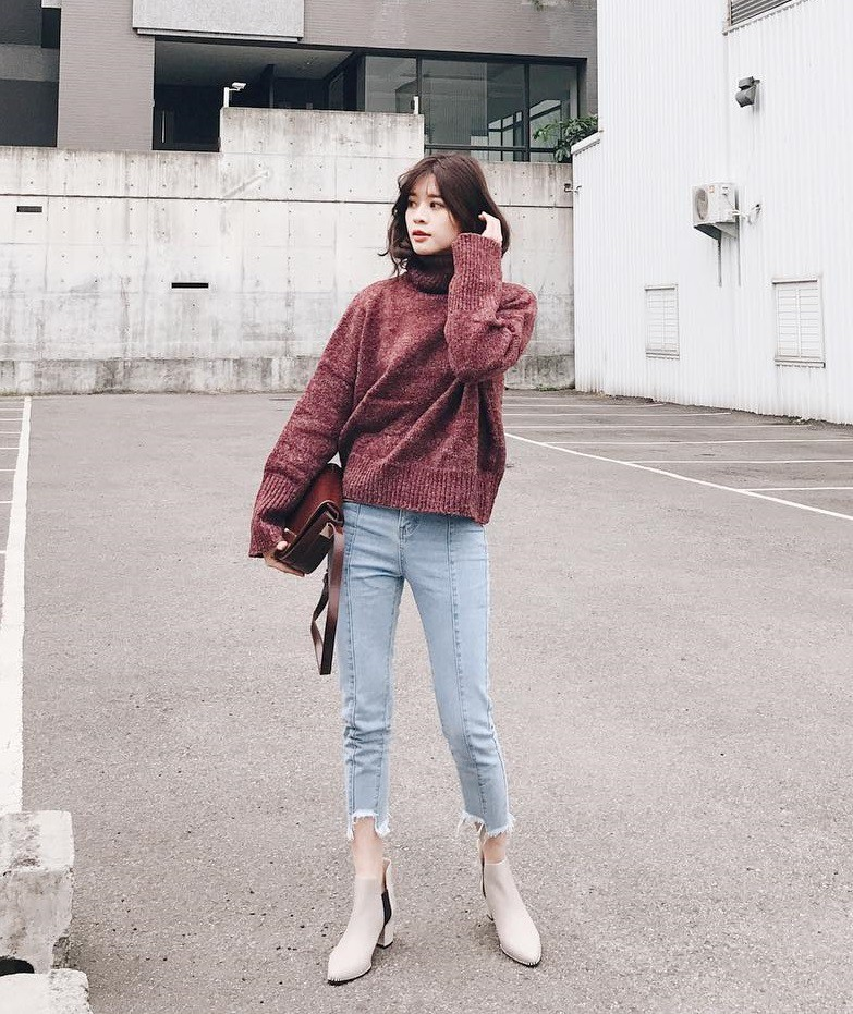 Cách phối áo len cực xinh cho các nàng ngày đông