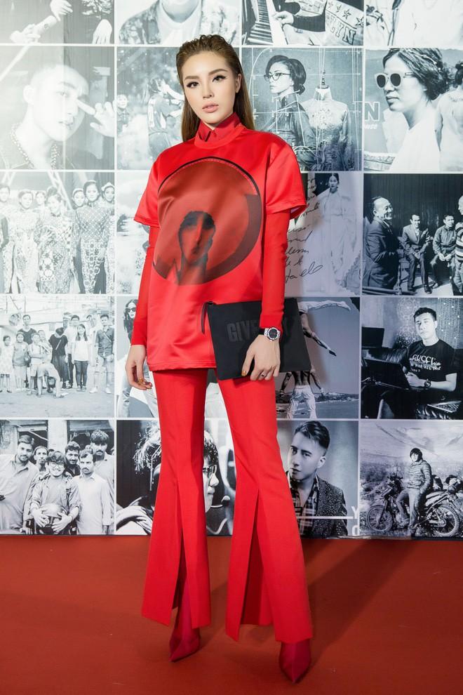 Còn chờ mong gì nữa, đây chính là những bộ cánh đẹp mắt nhất thảm đỏ WeChoice Awards 2017! - Ảnh 14.
