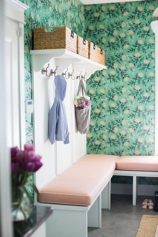 25 ý tưởng trang trí lối ra vào để không gian nhà ở của bạn thêm sống động, ấm áp - Ảnh 4.