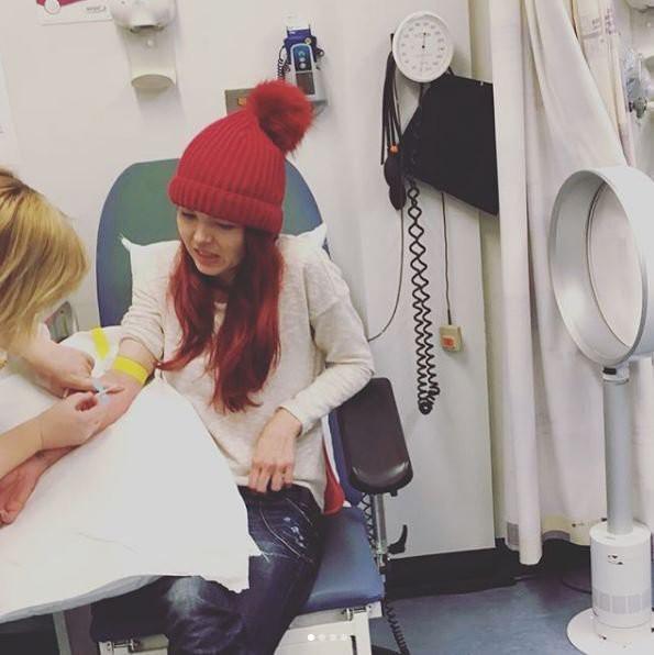 Sau khi đi nghỉ cùng gia đình, cô gái trẻ tê liệt toàn thân chỉ vì một rủi ro mà ai cũng có thể mắc phải - Ảnh 3.
