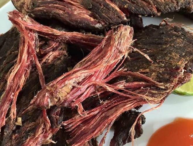 3 món thịt gác bếp ngon nổi tiếng của vùng cao, món thứ 3 là đặc sản tiền triệu được săn đón dịp Tết - Ảnh 6.