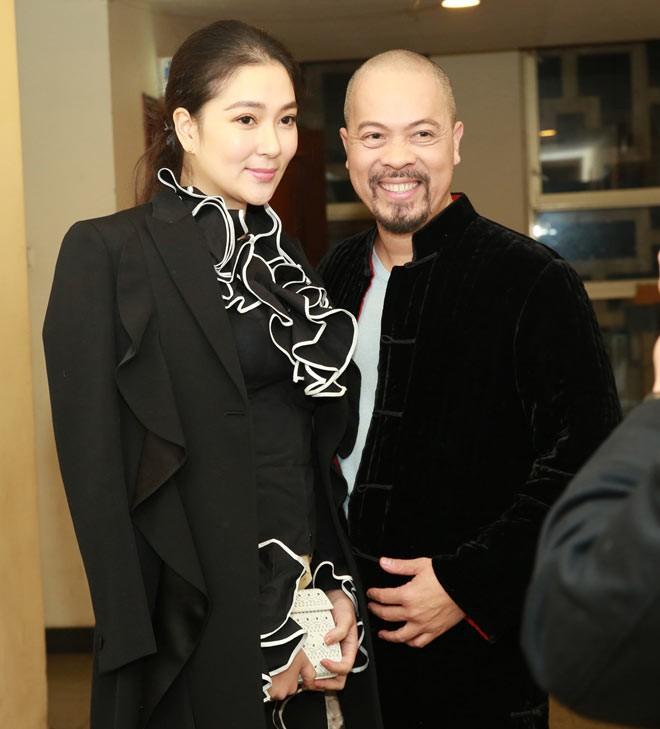 Tái xuất sau 13 năm đăng quang, có ai nhận ra Hoa hậu Nguyễn Thị Huyền với chiếc cằm dài khác lạ này - Ảnh 2.