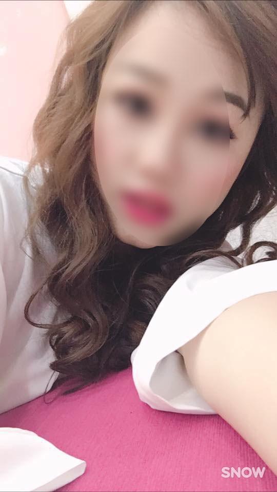Thông báo tuyển chồng với tiêu chí dài như tờ sớ của cô chủ shop nội y xinh đẹp khiến dân tình sốc nặng - Ảnh 8.