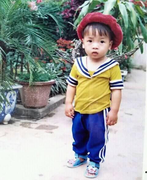Hình ảnh hồi bé của cầu thủ U23 khiến HLV Park Hang Seo đau đầu trên sân khấu giao lưu - Ảnh 5.