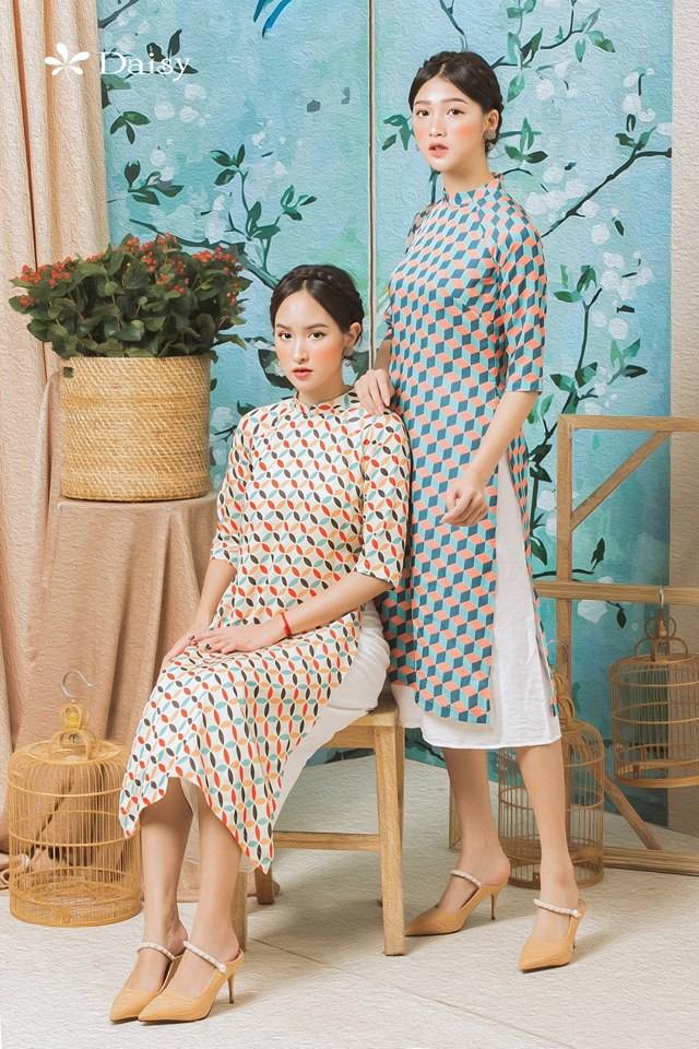 Chưa đầy 1 tuần nữa đã đến Tết, hội mê ăn diện còn chờ gì mà không sắm ngay 4 mẫu trang phục này - Ảnh 4.