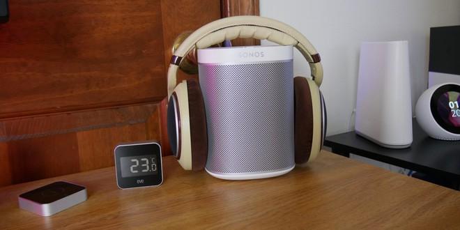 Gợi ý 2 cách bày biện bàn làm việc tại nhà theo phong cách tối giản tuyệt đẹp - Ảnh 10.