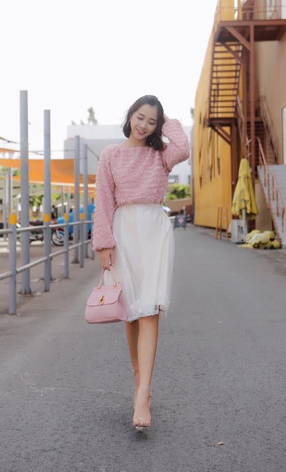 Không chỉ xinh đẹp, cô em gái cực giống Nhã Phương còn có phong cách thời trang rất thu hút - Ảnh 7.