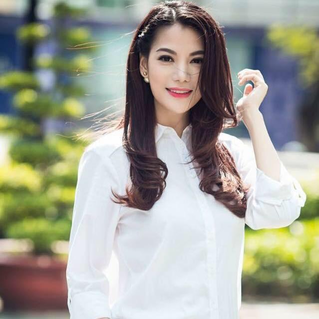 Nhìn lại 25 năm chặng đường sự nghiệp của Trương Ngọc Ánh: Từ người mẫu đóng phim tới bà trùm điện ảnh Việt - Ảnh 3.